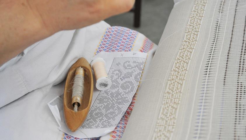 Gift Embroidery in Puglia