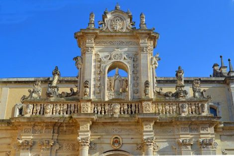 Puglia points of interest Lecce-cathedral