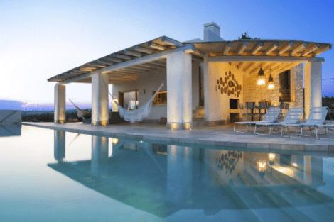 luxury villa for rent near the sea puglia