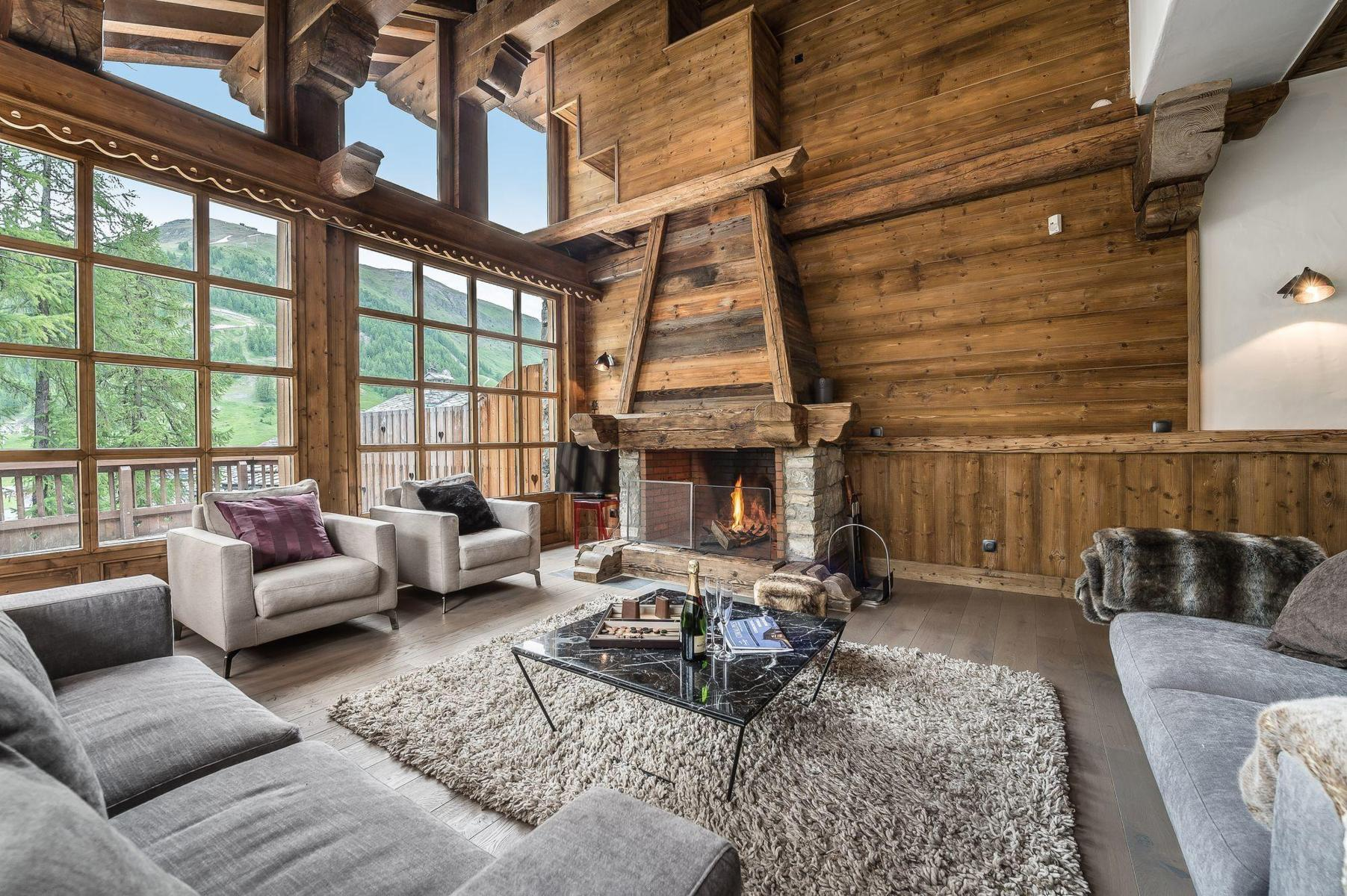 Luxury Ski Chalets In Val D Isere Aria Journeys