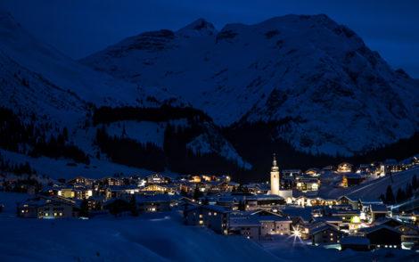 Ski-vacations-LechZuersTourismus_byChristophSchoech
