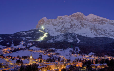 ski-holiday-Cortina