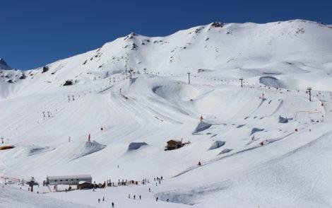 ski-holiday-caldisere-slopes