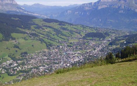 ski-vacations-megeve